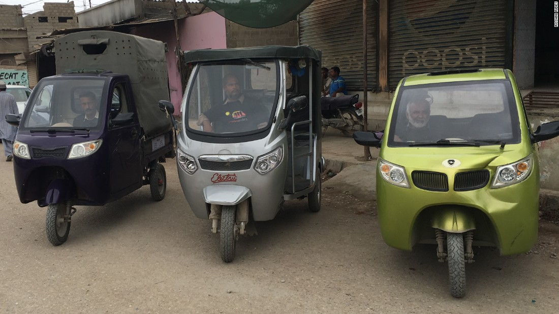 Rutgers students create ride-sharing rickshaw service for refugees