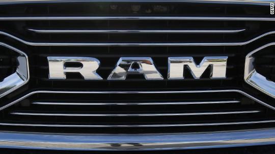 Fiat Chrysler recalls nearly 500,000 pickup trucks