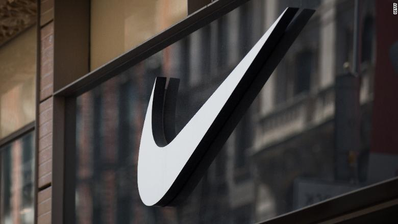 Two Nike execs leave amid complaints about work environment