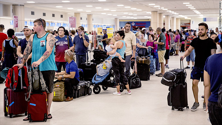 Puerto Rico S Main Airport Is Barely Functioning