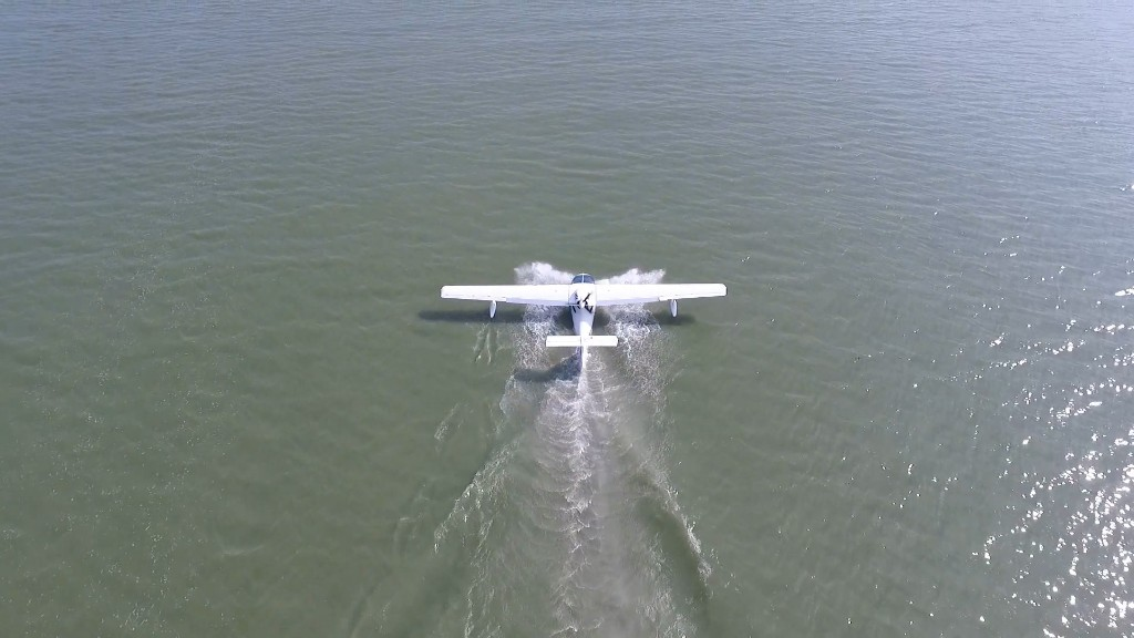 This seaplane has no one in the cockpit