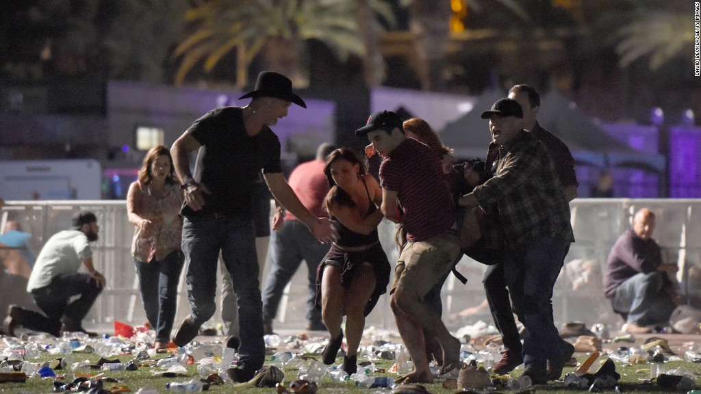 Mass shooting in Las Vegas: at least 50 dead