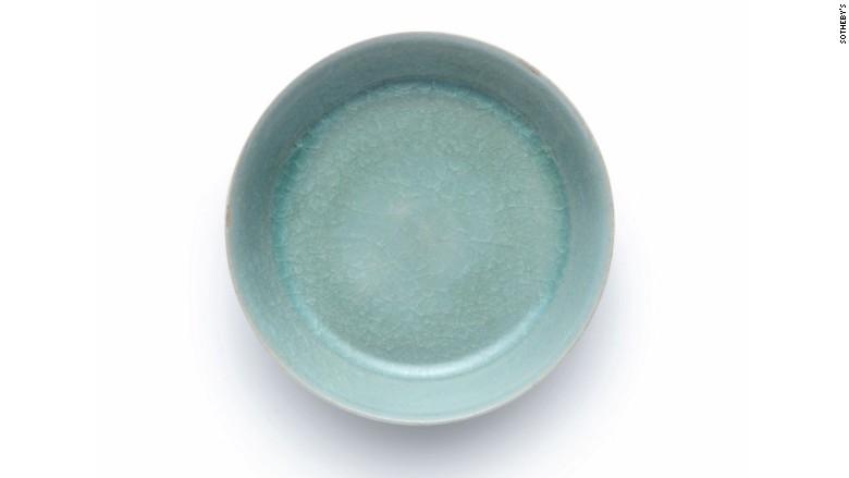 171003050339-porcelain-bowl-780x439.jpg