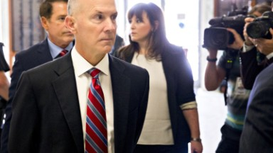 Senator to former Equifax CEO: Don't repeat Wells Fargo's mistakes