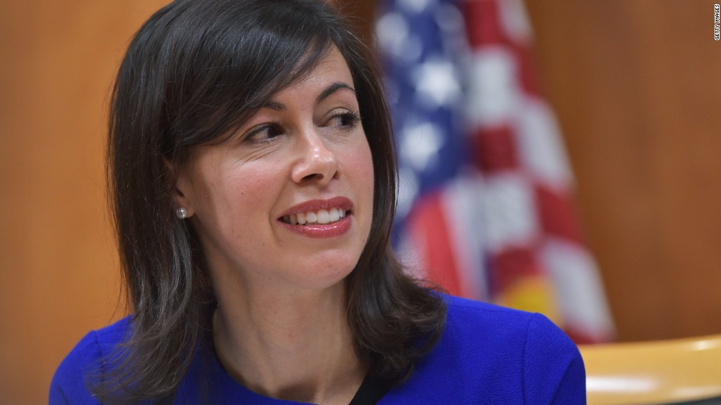 Senate Dem urges FCC chair to disavow Trump tweet