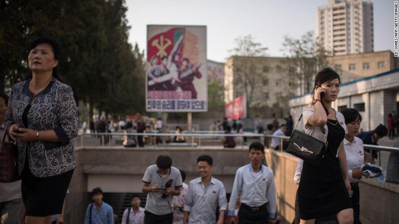 pyongyang women phone metro