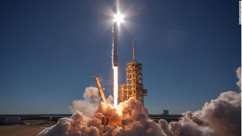 SpaceX launches used Dragon rocket and spacecraft for ...