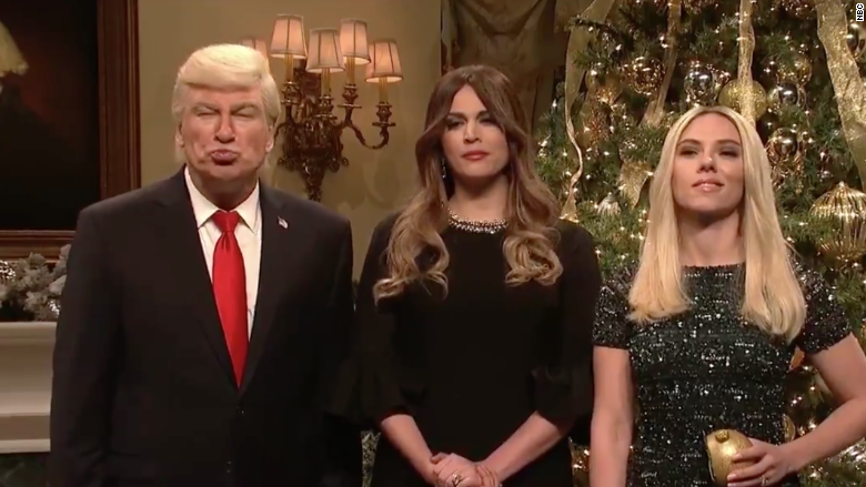 'SNL' has a special Christmas message from Baldwin's Trump