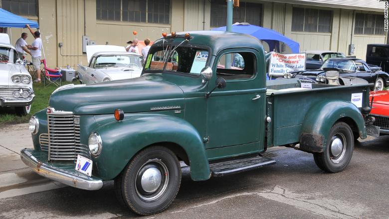 Old Chevy Truck >> Old pickup trucks are hot collectibles