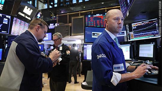 Dow snaps longest losing streak in a year