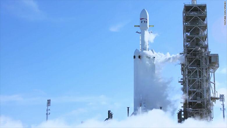 falcon heavy launch 1