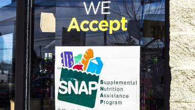 Trump administration seeks to require more people to work for food stamps