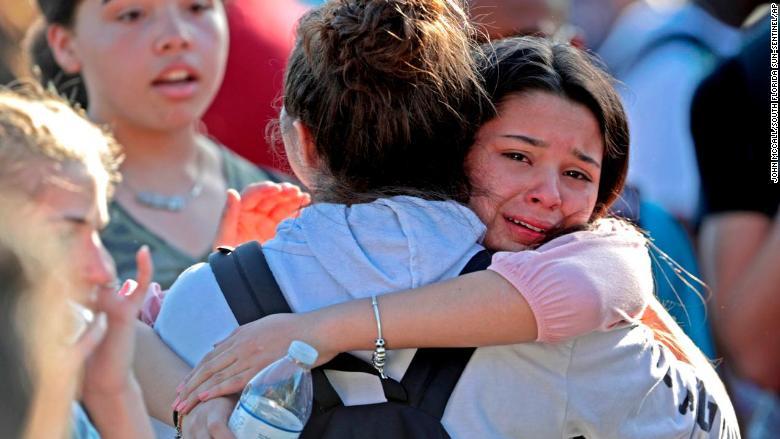 08 florida school shooting gallery 0214