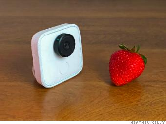 Google Clips scale