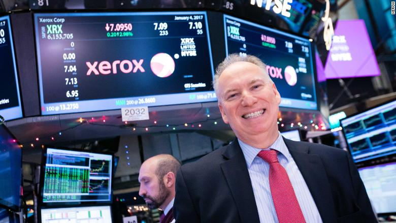 Never mind, Xerox's CEO is staying put for now