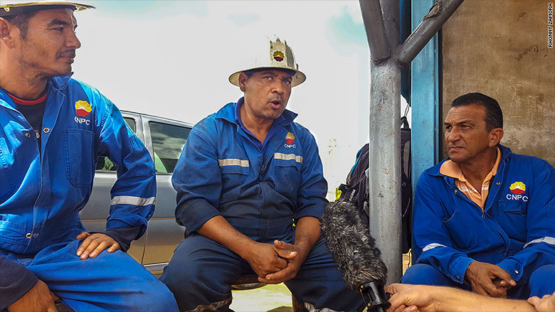 Venezuela oil refineries workers
