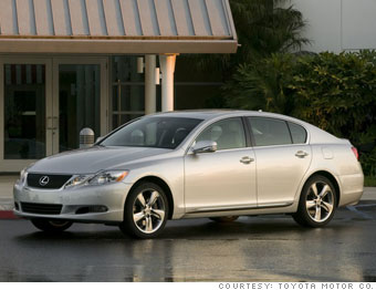 Sport sedan: Lexus GS