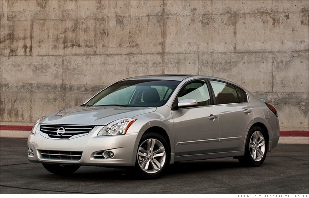Family Sedan: Nissan Altima