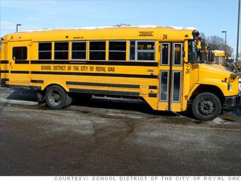 School buses stop rolling - Detroit