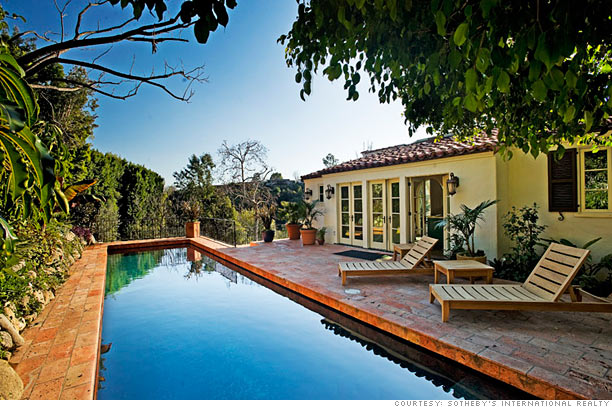 Buy scarlett johansson 39 s hilltop manse cascading gardens for Selling a house with a pool