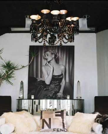Paris Hilton 39 S Pad For Rent Living Room 3