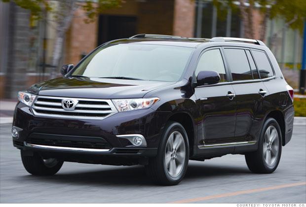 consumer reports top car picks family suv toyota highlander 10 cnnmoney. Black Bedroom Furniture Sets. Home Design Ideas