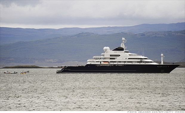 Paul Allen's biggest yacht in tech 