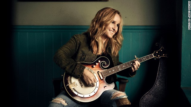 Melissa Etheridge says medical marijuana relieved the side effects from a harsh form of chemo for her breast cancer.