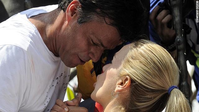 Thumbnail for Venezuelan opposition leader Lopez remains behind bars
