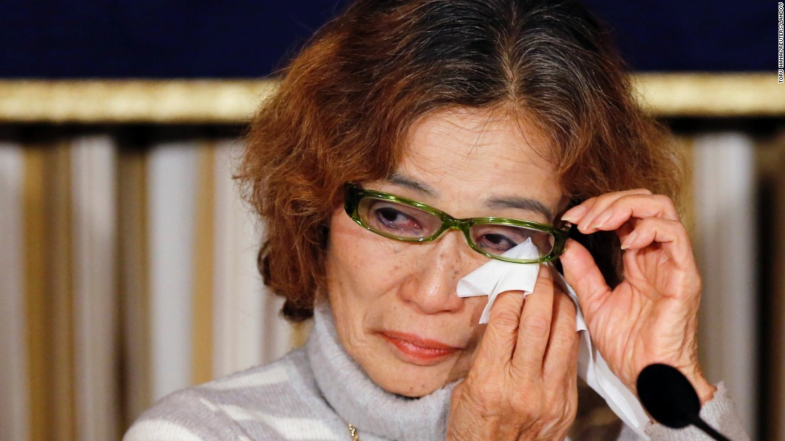 Junko Ishido, mom of Japanese publisher Kenji Goto, reacts during a news discussion in Tokyo on Friday, Jan 23. ISIS would after kill Goto and another Japanese hostage, Haruna Yukawa.