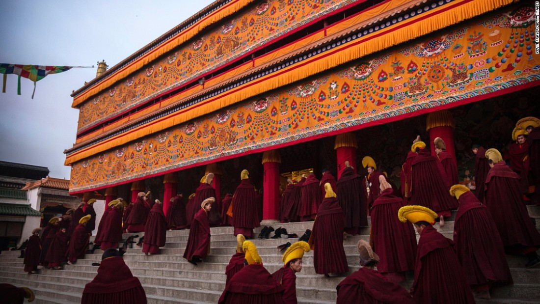 Tibetan Monks Trained in India Banned From Teaching in Chinese County
