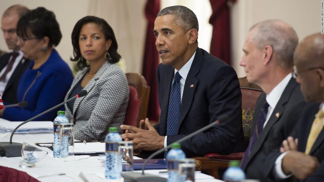Obama habla durante una reunión con Kenyatta (no en la foto) en la Casa de Gobierno en Nairobi el 25 de julio.
