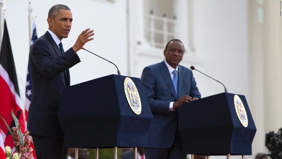 Obama habla durante una conferencia de prensa con el presidente keniano, Uhuru Kenyatta, el sábado 25 de julio en Nairobi.