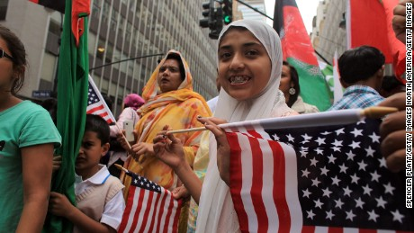Muslims in America : a short history