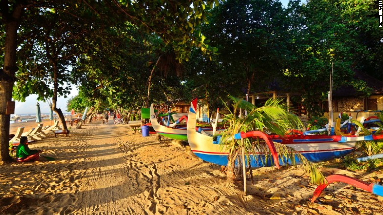 Though not as touristy as Kuta, Sanur is filled with beachfront resorts. Yet its small fishing village charm is still intact, with local warungs holding their own against luxury hotels.