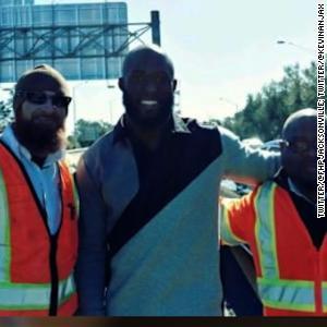 NFL star signs bumper after car crash