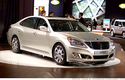 Hyundai Shoots For Uber Luxury With Equus