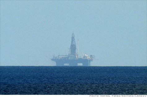 cuba_oil_rig.la.top.jpg