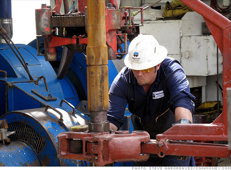 oil_rig_worker.top.jpg