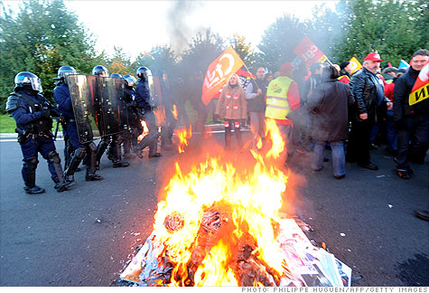 french_austerity_riot.gi.top.jpg