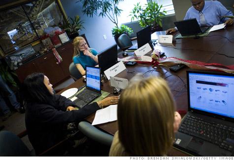 cyber_monday_office.gi.top.jpg