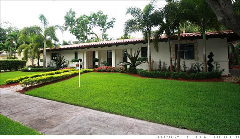 This home in Coral Gables, Fla., recently sold for just under $1 million -- to an all-cash buyer.