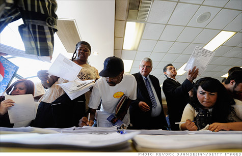 Job seekers at a Los Angeles jobs fair.