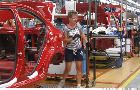 The new GM-UAW labor agreement will create or retain 6,400 jobs at its U.S. plants.