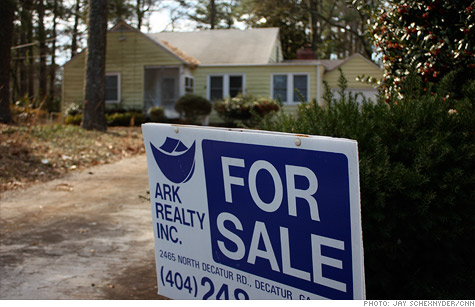 Sales of existing homes jumped 7.7% in August and were up 18.6% compared to the same time a year ago, a report said.