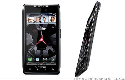 Motorola brings back RAZR brand