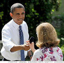 Obama discusses the economy with families in Ohio.