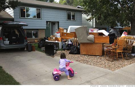 foreclosure-family.gi.top.jpg