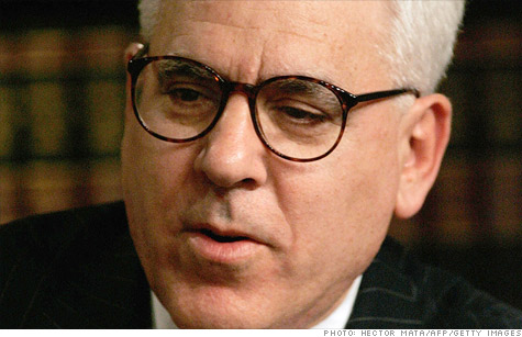 Billionaire David Rubenstein, cofounder of private equity firm Carlyle Group, says he's willing to pay more in taxes, but lawmakers need to do their job and change the law.