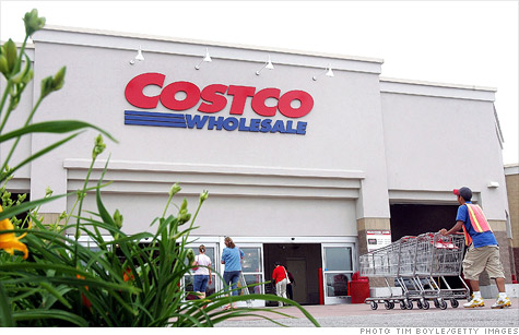 After a year of testing, Costco is rolling out a full-service mortgage lending program on its website.